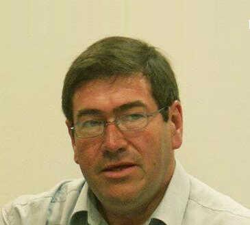 Dr. Peter Flynn