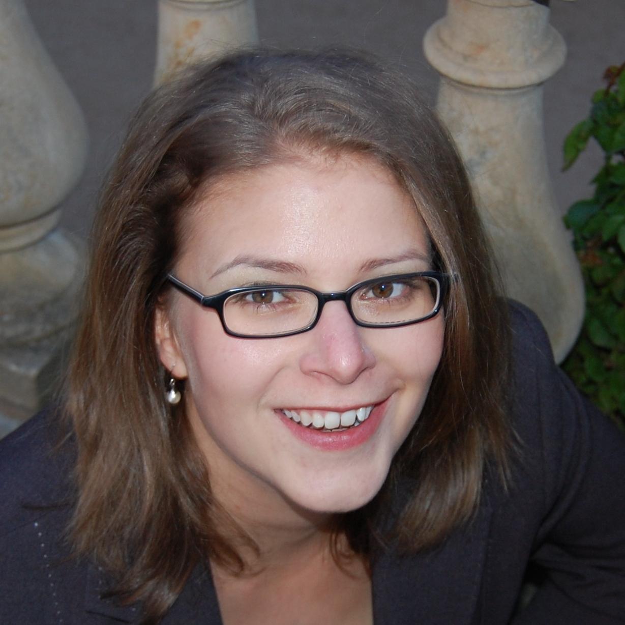 Dr. Anna Pilz
