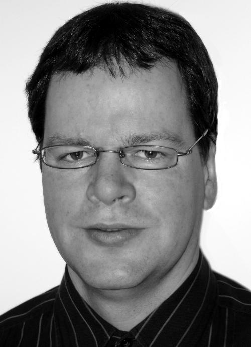 Dr Andreas Amann