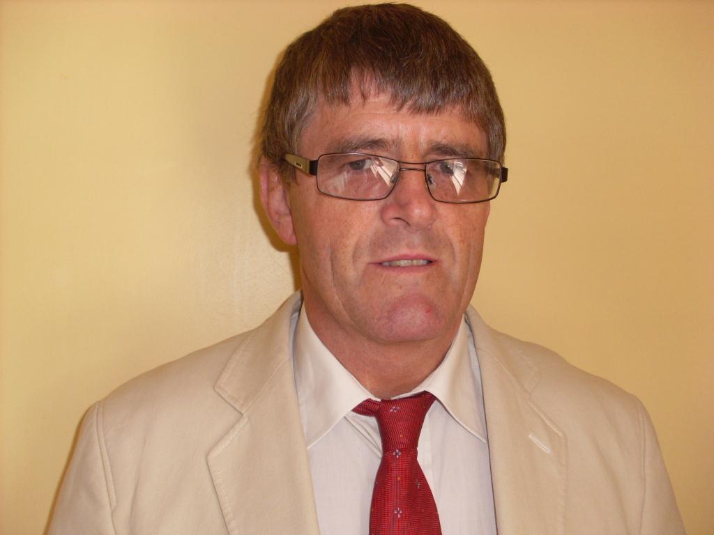 Patrick J Hunt