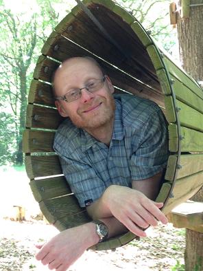 Dr Marcin Szczerbinski